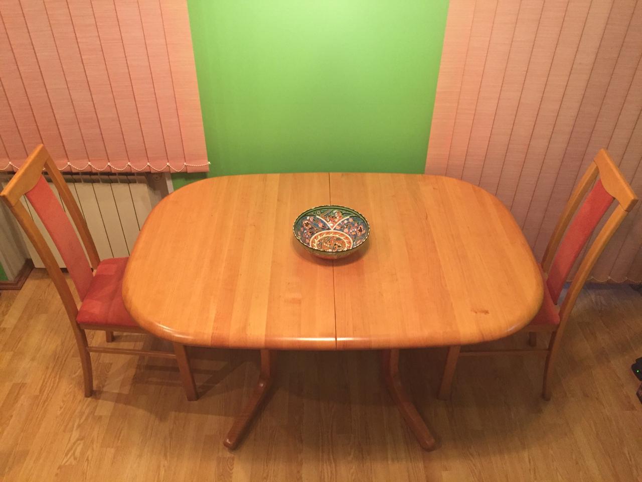 Покраска стола, массив березы