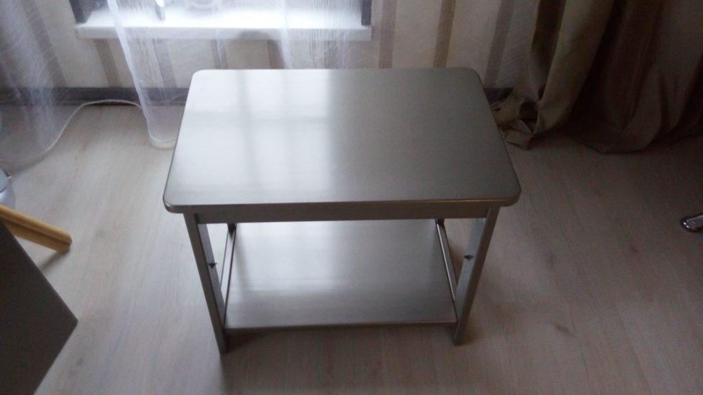 Покраска стола, массив сосна