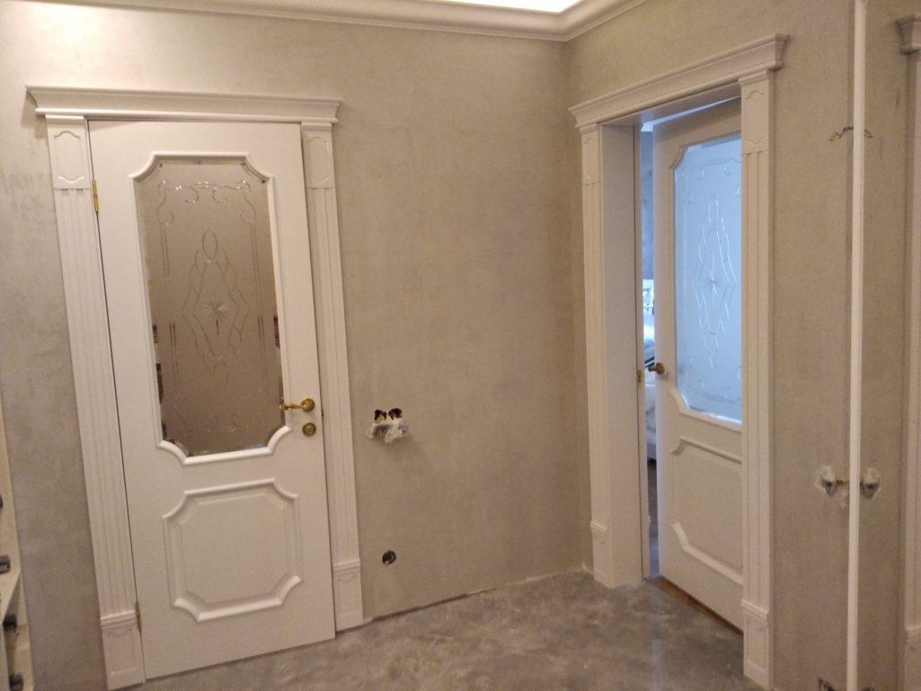 Покраска дверей массив дуба, белый матовый