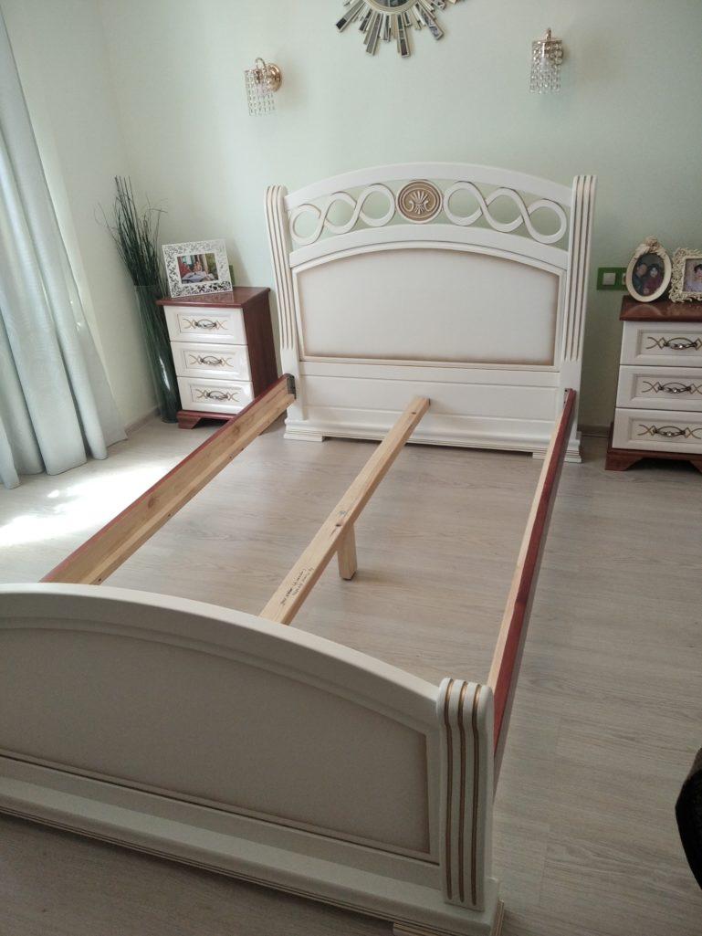 Покраска изголовья для кровати с патинированием
